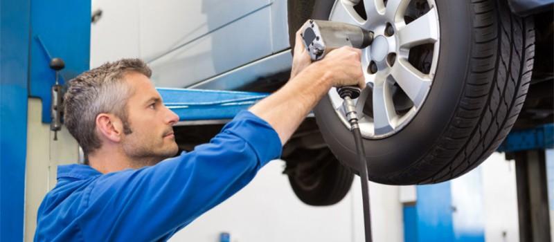 Reifenwechsel vs. Radwechsel: Wo liegt der Unterschied?