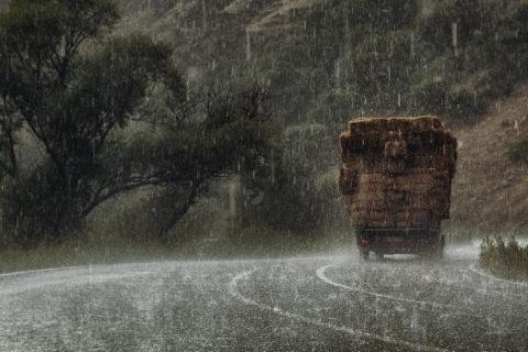 Hagelschaden am Mietwagen oder dem eigenen Fahrzeug regulieren